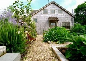 amenager une allee de jardin quel materiel choisir With faire une allee de jardin en gravier