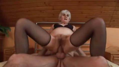 Granny Wants To Fucks A Giant Long Haired Dildo