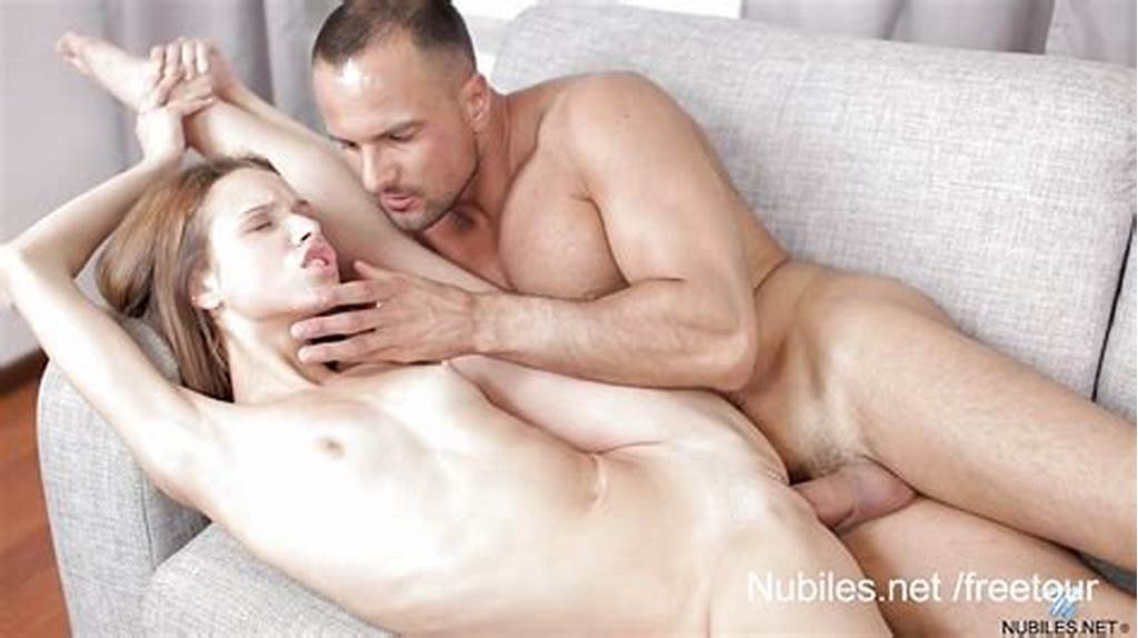 #Flexible #Babe #Does #The #Splits #On #Her #Mans #Cock