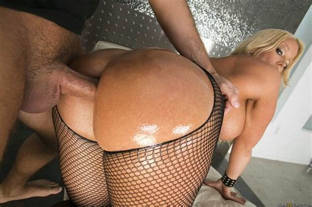 #Oiled #Alura #Jenson #In #Sexy #Fishnet #Gets #Her #Ass #Rammed