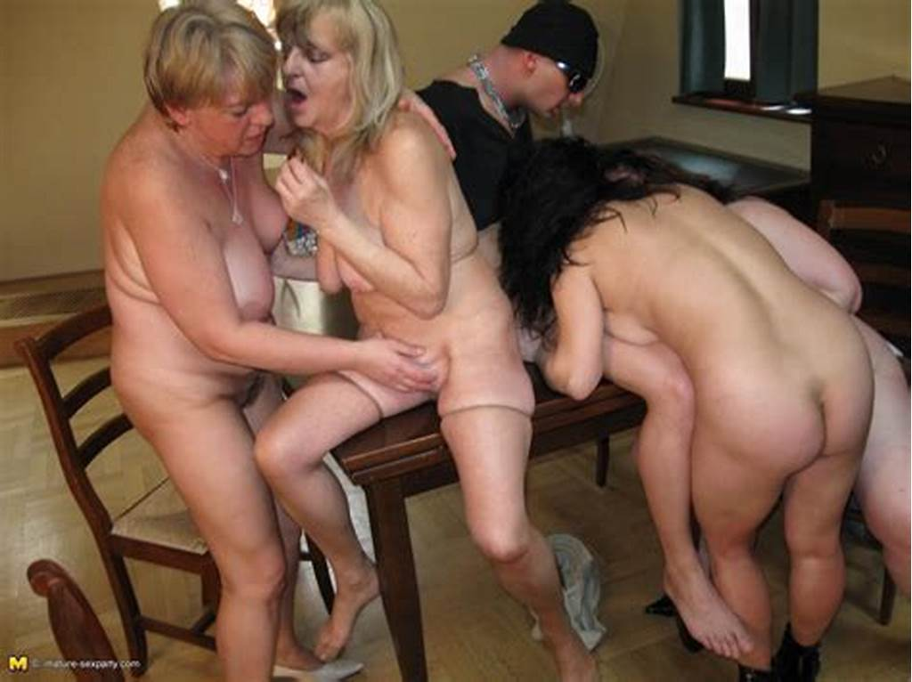 #Four #Bisexual #Mature #Sluts #Fondle #Each #Other #And #Get #Their