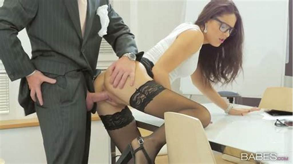 #Naughty #Secretary #Carolina #Abril #Is #Fucked #By #Clothed #Boos