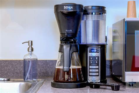 If your coffee pot stops brewing after a few. Ninja Coffee Brewer CF020 Review   Digital Trends