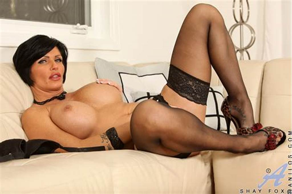 #Sexy #Black #Haired #Cougar #With #Big #Tits #Pleasures #Her #Pussy