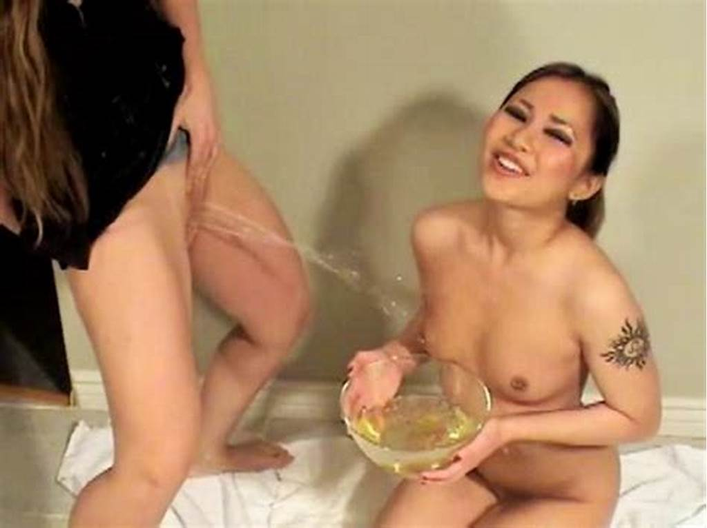 #Girls #Pee #In #The #Shower #Video