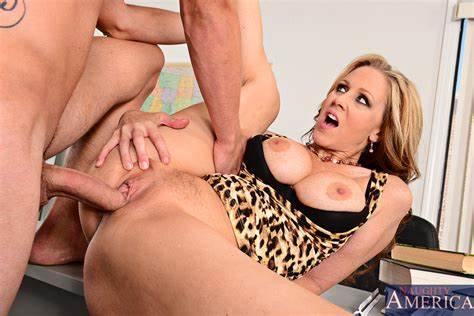 Porn Teacher Julia Ann Gets