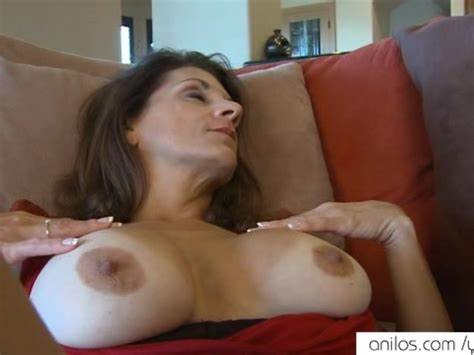 Mature Youthful Cunts Orgasm