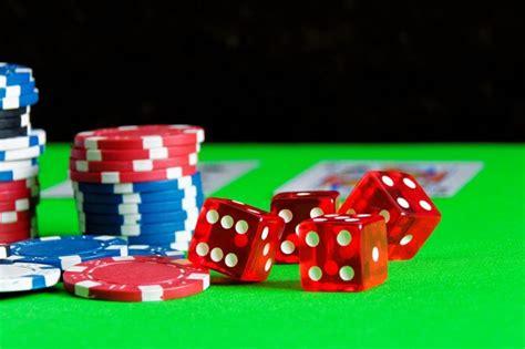 Kādēļ izmēģināt kazino internetā? - Gamucci.lv
