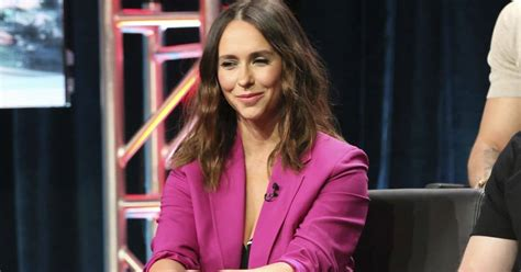 foto de Jennifer Love Hewitt brings Pacific Palisades home to