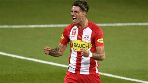 Dominik szoboszlai (born 25 october 2000) is a hungarian footballer who plays as a central attacking midfielder for german club rb leipzig, and the hungary national team. Szoboszlai Dominik az RB Leipzighez igazolt és ezzel a ...
