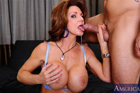 Student Milf Deauxma Has Long
