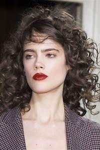 Coupe De Cheveux Bouclés Femme : coupe de cheveux boucl s femme 2017 ~ Nature-et-papiers.com Idées de Décoration