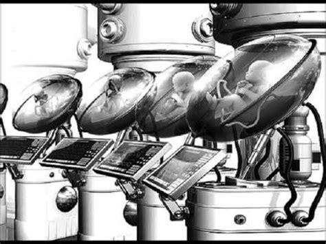 Resumenexpress.com presenta y analiza en esta guía de lectura un mundo feliz del escritor inglés aldous huxley, una exitosa novela de ciencia ficción que presenta un mundo «perfecto» donde cada individuo pertenece a. Un mundo feliz   Libros Gratis