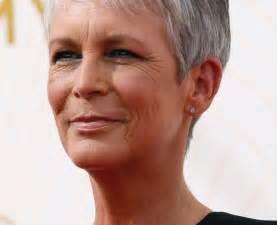 coupe de cheveux courte femme 50 ans photo coupe courte femme 50 ans cheveux gris holidays oo
