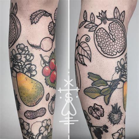 Seeds on this one are good Tatuaje de frutas Tatuajes