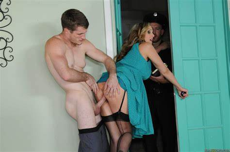 Knee Closed Doors With Julia Ann Julia Ann In Knees Closed Doors With