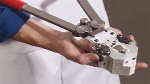 M30  Manual Cold Pressure Welder For Bonding Medium Copper