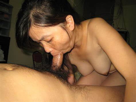 Old Japanese Giving A Blow Job In The Fuck Boy