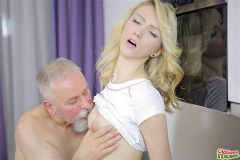 Old Model Relishes Porn With Her Man