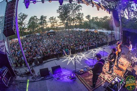 27, with detroit native and pop/hip hop/soul/electronic star quinn xcii closing out saturday night. Must-See Michigan Music Festivals | Michigan