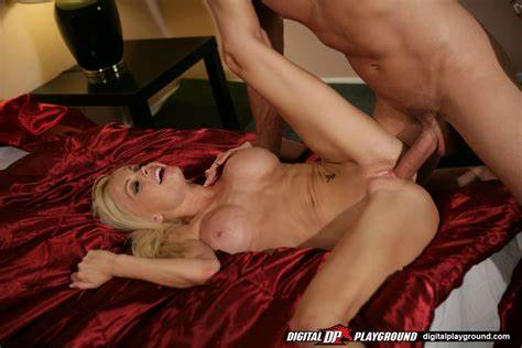 Passionate Mexican Blondie Enjoys Erotic Fucked