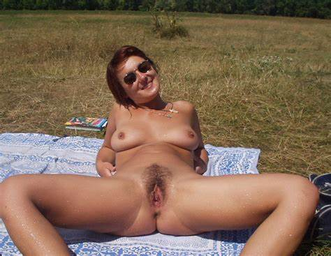 Mature Beauty Hidden Girls Show