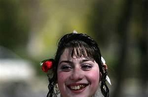Gypsy brides market in Bulgaria (15 pics) - Izismile.com