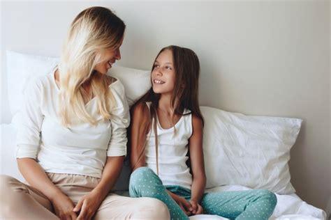 Big Tit Mom Seduces Daughter