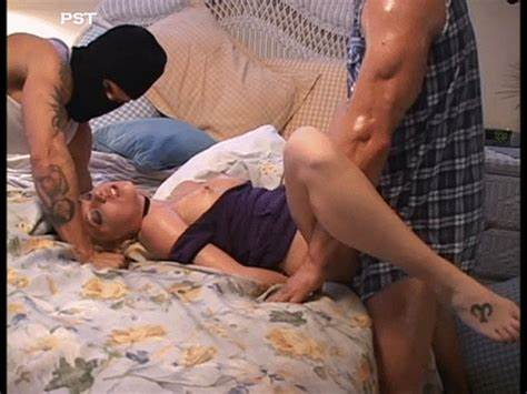 Moms Takes Her Cunt Pounded