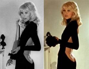 Film Dans Le Noir : 1973 mireille darc dans une robe guy laroche pour le ~ Dailycaller-alerts.com Idées de Décoration