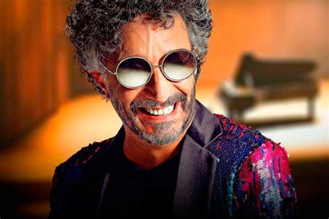 En tiempos en que la cuarentena es la mejor medida preventiva contra la pandemia de coronavirus, diversos músicos han ofrecido a su público. Nace Fito Páez - Rock101