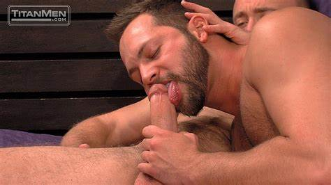Savouring Studs Huge Cock Huge Trimmed Guy Boned Kissing