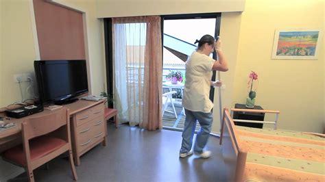 cherche emploi femme de chambre l 39 entretien de la chambre