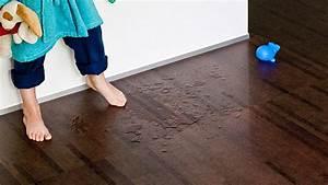 Laminat Fürs Bad : den richtigen bodenbelag finden parkett laminat oder korkboden ~ Watch28wear.com Haus und Dekorationen