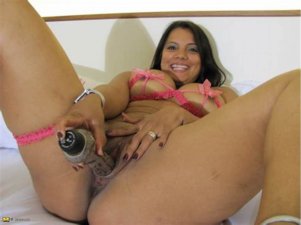 #Huge #Dildo #Toy #In #Aged #Latina #Vagina