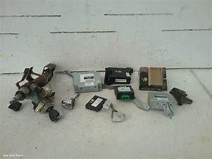 83025  Used Ecu For 2006 Hilux