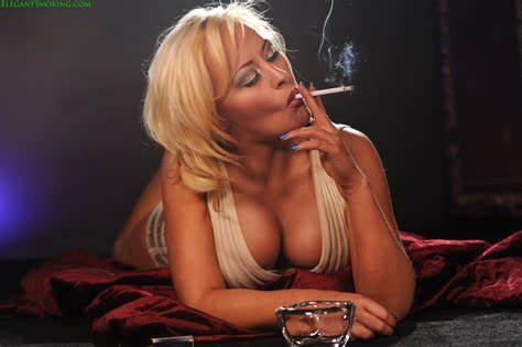 Smoking Babes Knows Creamy Michelle Thorne Freckled