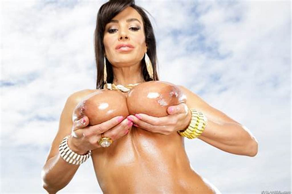 #Oiled #Up #Milf #Lisa #Ann #Hardcore #Sex #And #Big #Tittie #Fucking