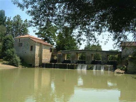 une baise au bureau moulins à vendre eau et patrimoine moulin à eau sur la baïse dans le gers vic fezensac