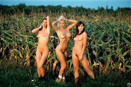 Marteen Nude Rachel