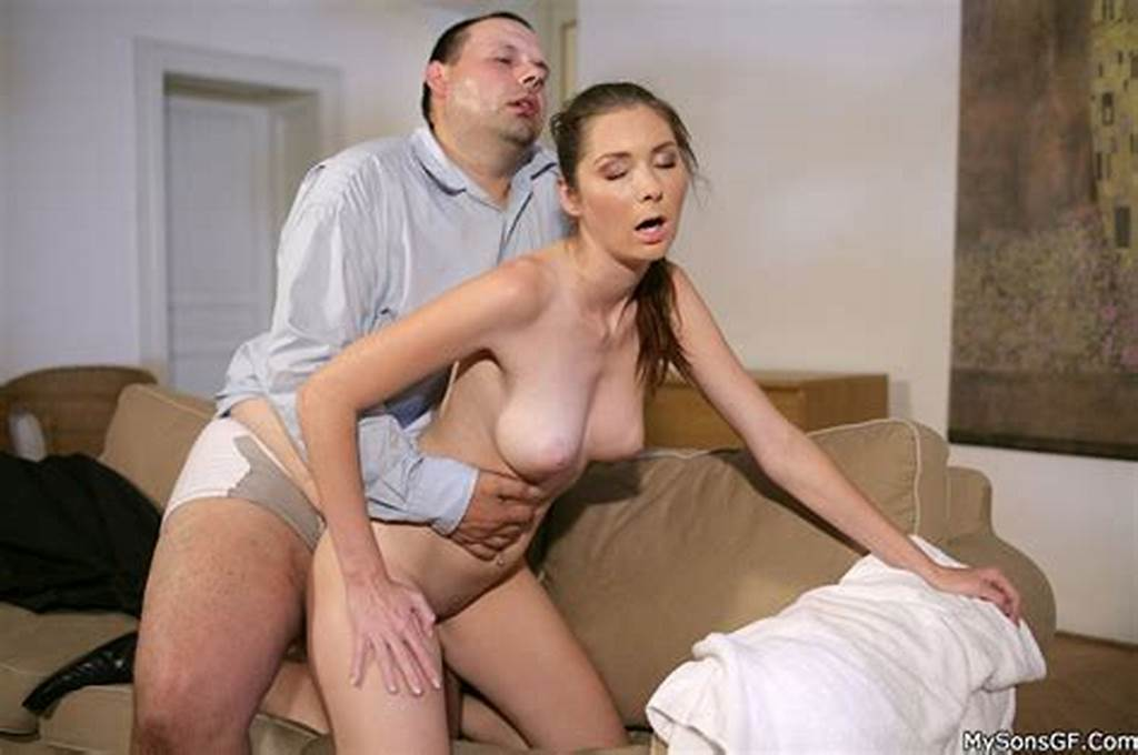 #Shaved #Pussy #Girlfriend #Gets #Caught #By #Her #Bf