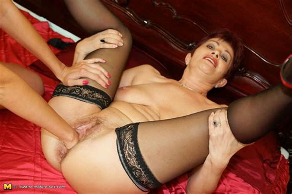 #Kinky #Mature #Slut #Getting #Fisted #By #A #Hot #Babe