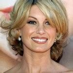 8 Charmig Shoulder length hairstyles for women over 50