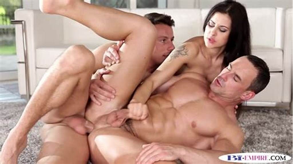 #Ripped #Bisexual #Hunk #Tugged #While #Pounded