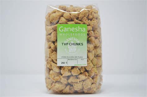 """Tvp1 jest dostępna w telewizji naziemnej oraz u wszystkich dostawców telewizji kablowej i ważną rolę w ofercie tvp1 odgrywają programy publicystyczne (""""sprawa dla reportera elżbiety jaworowicz. TVP Chunks - Ganesha Wholefoods"""