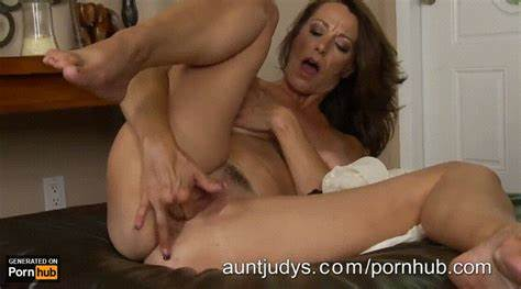 Pornhub Ass Slim Breasty Lady Milf Pregnant