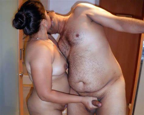 Lovely Smooth Aunty Galleries