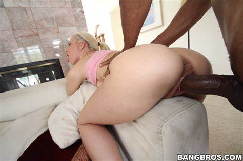Anika Albrite Takes A Big Blonde Dildo Up Her Anal