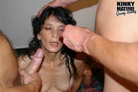 Pervert German Foursome Banged These Ffm Mommiesmommie Wifes Enjoying All Those Throbbing Dick
