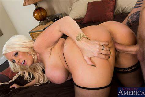 Alura Jenson Try Fucks By Cody Sky Alura Jenson & Cody Sky In Seduced By A Cougar Nasty